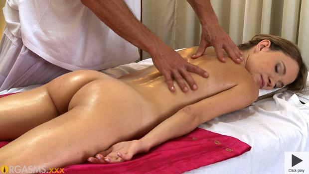 smotret-video-erotika-massazh